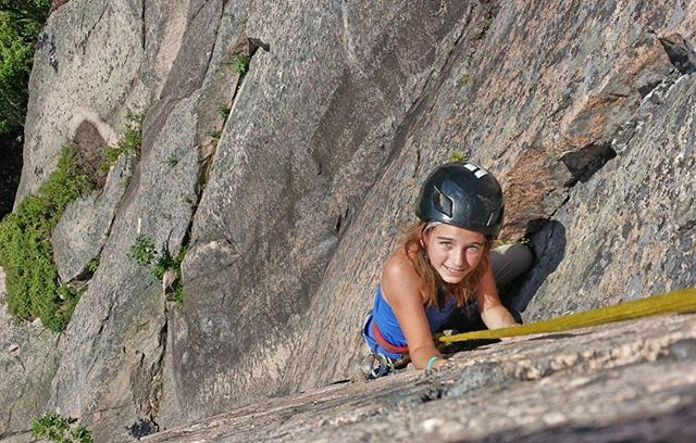 Anna has climbed with ACS guide @scott.ryan for four days this past week at four different crags. Here she is on pitch two of the classic Story of O! #rockclimbing #climbacadia #climbmaine #acadianationalpark #atlanticclimbingschool #precipice