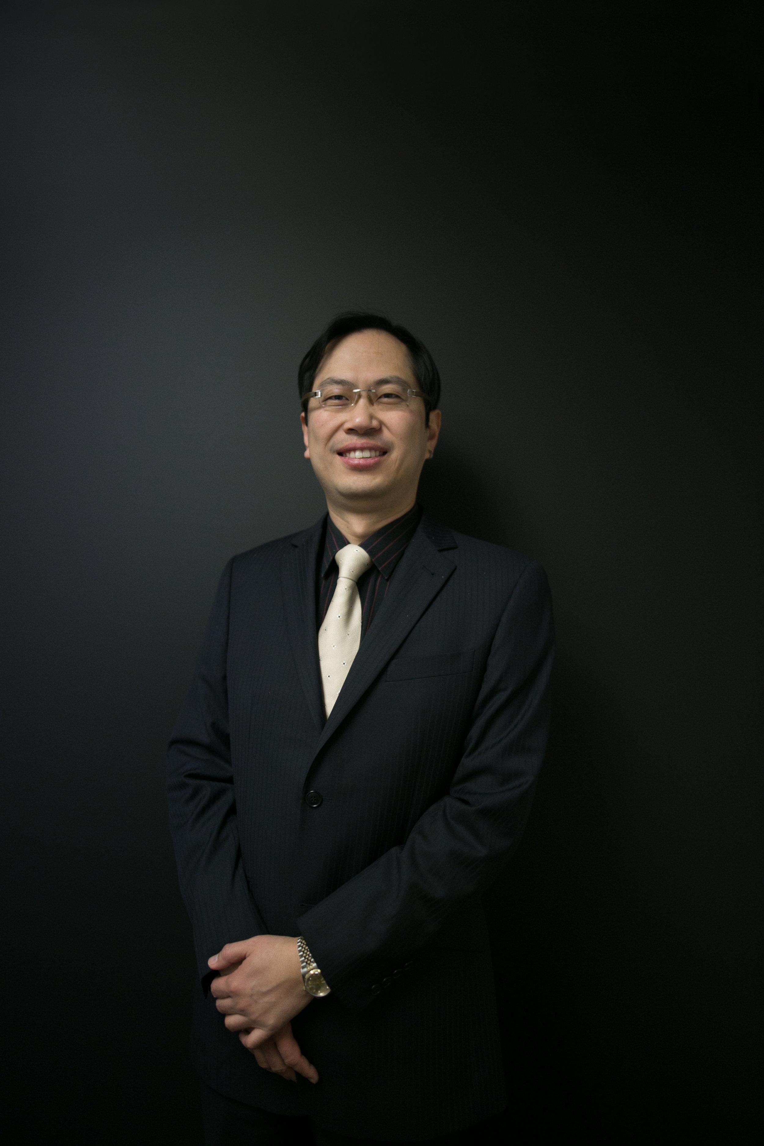 Chong Feng Chinese Lawyer Hamilton