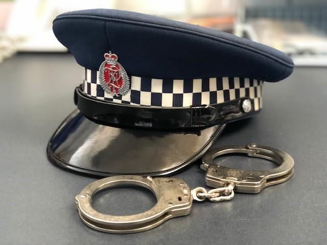 POLICE-5.jpg