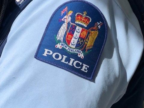 POLICE-8.jpg
