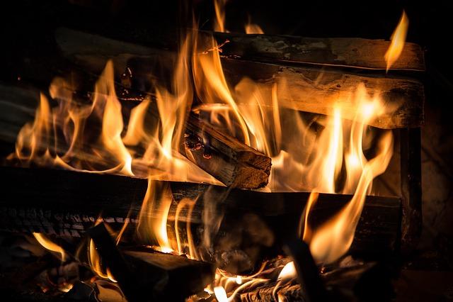 fire-3792951_640.jpg