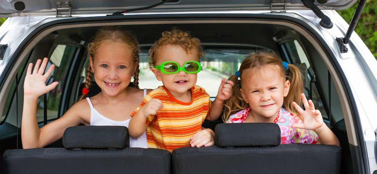 kids-in-back-of-car.jpg