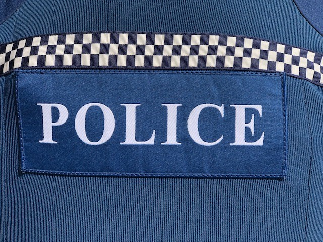 POLICE-7.jpg