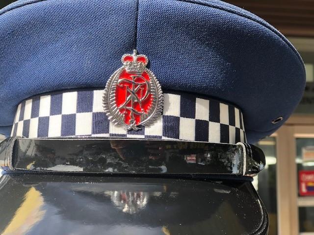 POLICE-10.jpg