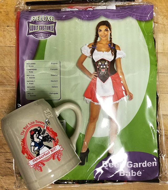 Ladies! We didn't forget about you! Pick up a Dirndl and Oktoberfest Stein today! 🍻🇩🇪💁🏼‍♀️ . . . #Oktoberfest #dirndl #beergardenbabe #stein #oktoberfeststein #costume #beer #german #germandeli #germanmarket #oktoberfestswag #sausage #losangeles #glendale #swag #oktoberfestseason #oktober #october #continentalsausage