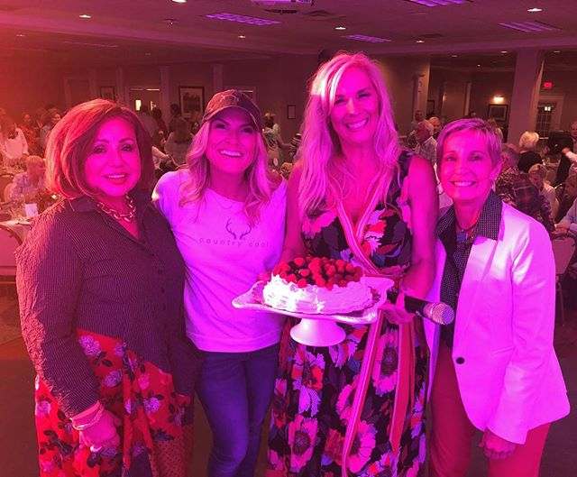We were just blown away with the love and hospitality the amazing people of @aikensc y'all are darling and we can't wait to come back. 🎂❤️🥂 #love #comedy #southcarolina #southerncharm