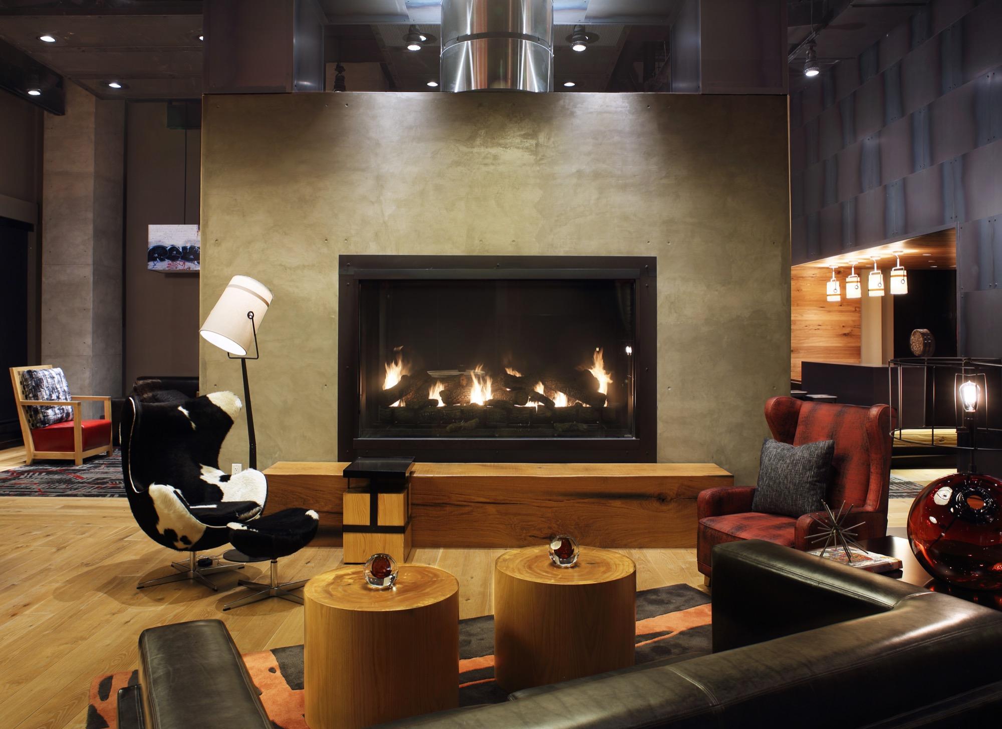 Notch 8 Lobby Lounge.jpg