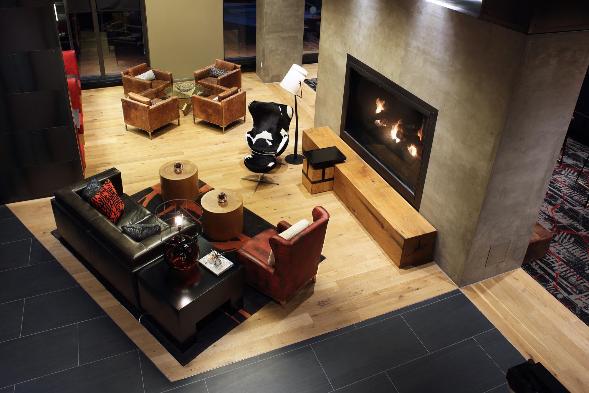 Notch 8 Lobby Lounge 2.jpg