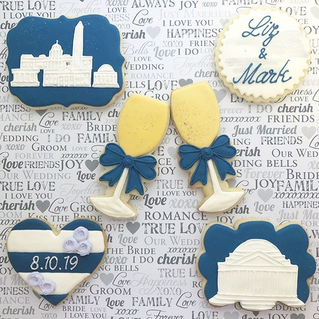 It is always so special to be asked to be a part of a bride and groom's big day! 💙 #wedding #washingtondc #weddingcookies #weddinginspiration #washinngtondccookies #dc #dcdecoratedcookies #washingtonmonument #dcmonuments