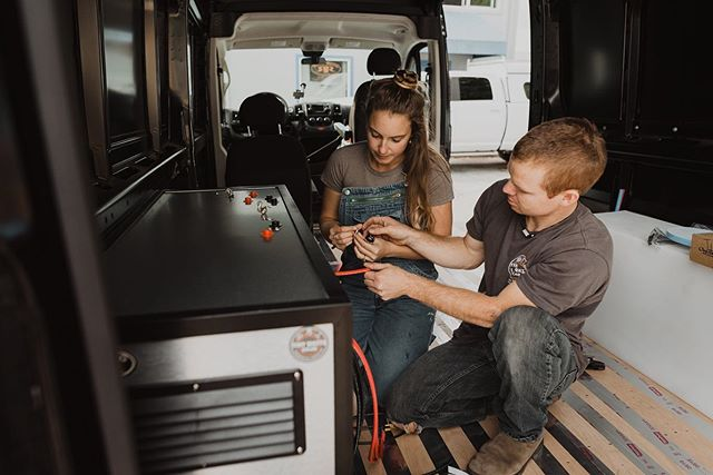 "⚡️ Check it out guys! ⚡️⁣⁣ Here Wes and I are installing what we like to call our Tiny Watts Full Send Kit in a Dodge Promaster! Which is now available as a DIY ""plug in"" 🔌 play power center. ⁣⁣ ⁣⁣ Our standard kit comes with a 420 Watt commercial grade monocrystalline solar module but we can expand the system wattage or upgrade you to one of our roof deck offerings! ⁣⁣ ⁣⁣ Email us through our website for more details and pricing! ⁣ ⁣ Photo credit to the amazing📸: Lauren & Travis @ourviewfinder @laurenflercherphotography #tinywatts #tinywattssolar #poweringallthingstiny #offgrid #pluginplay ⁣"
