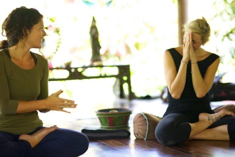 embodied flow yoga teacher training tarajudelle 22.jpg
