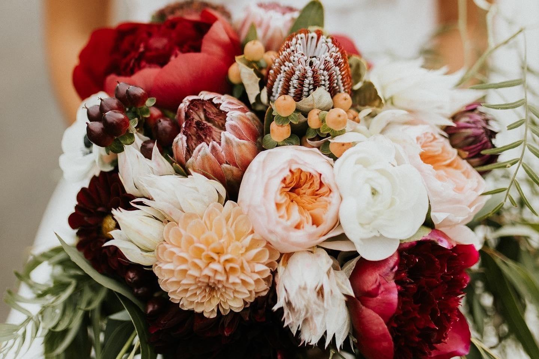 10% off - florals by linzeybonsall, california