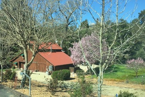10% off - creekside bed & breakfastpaso robles, california