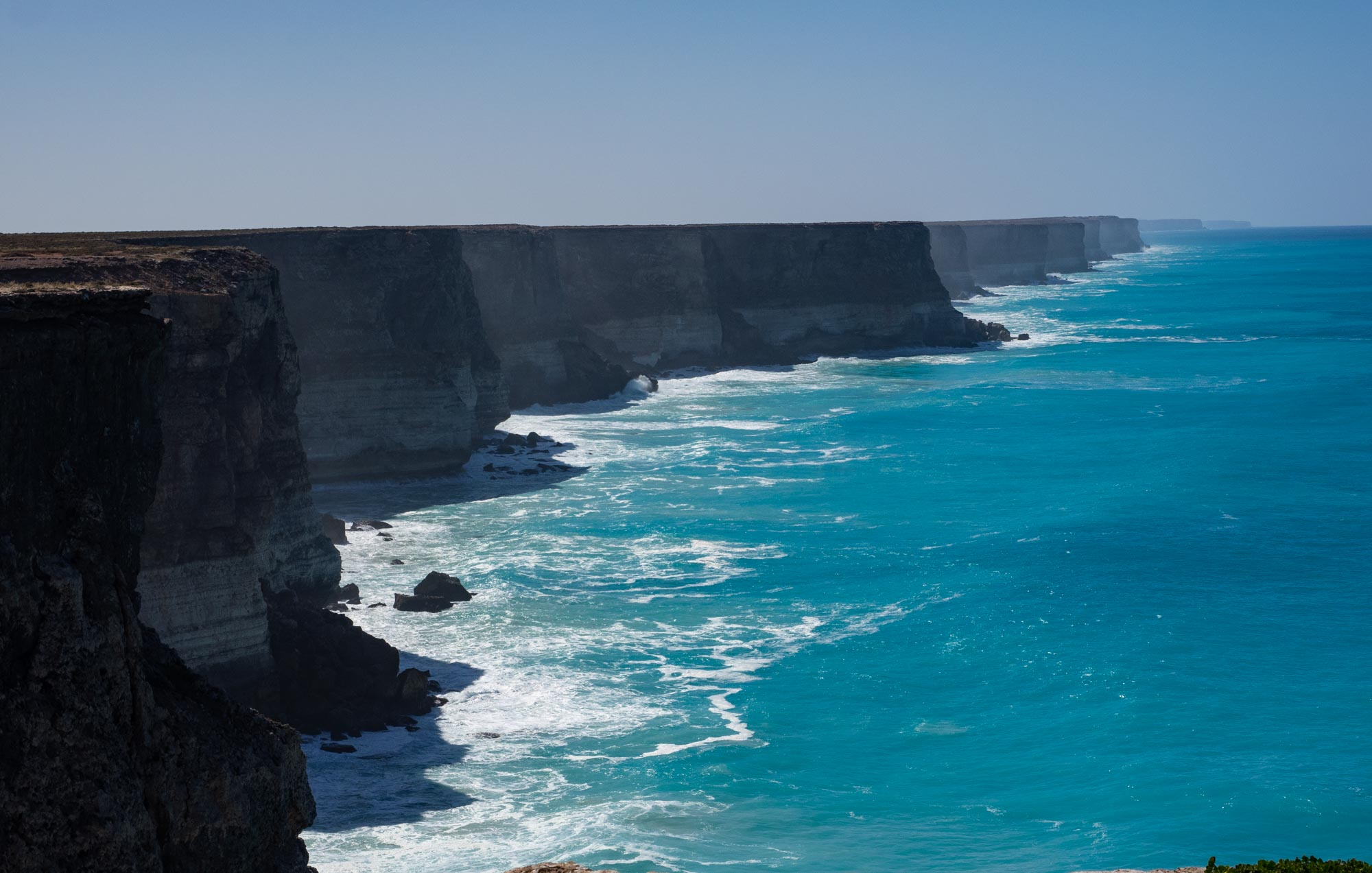 Looking east from this viewing point - the 200km long line of the Bunda Cliffs stretches away to the horizon.