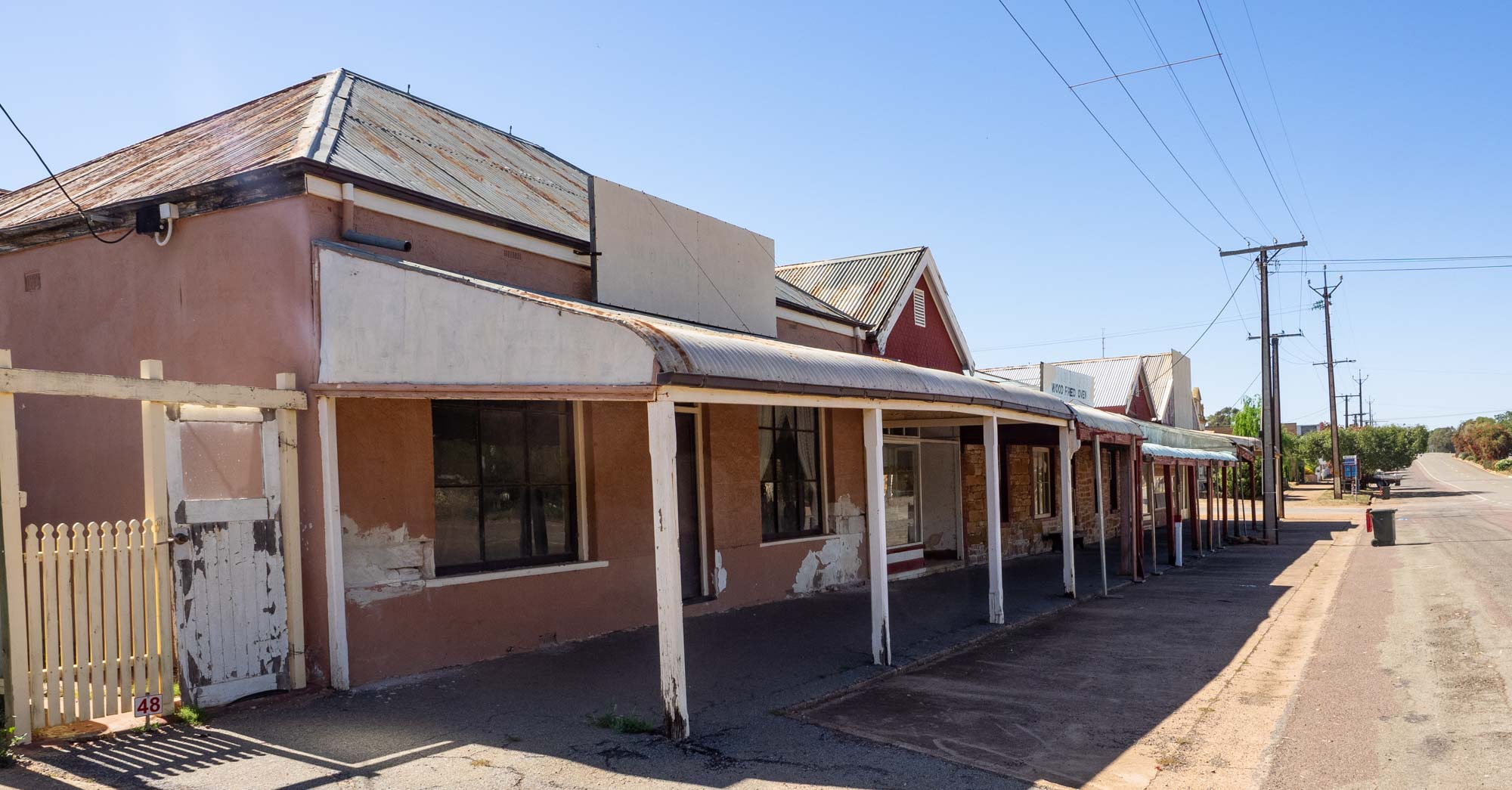 More of Wirrabarra. God, I love the stobie pole! - a South Australian icon.