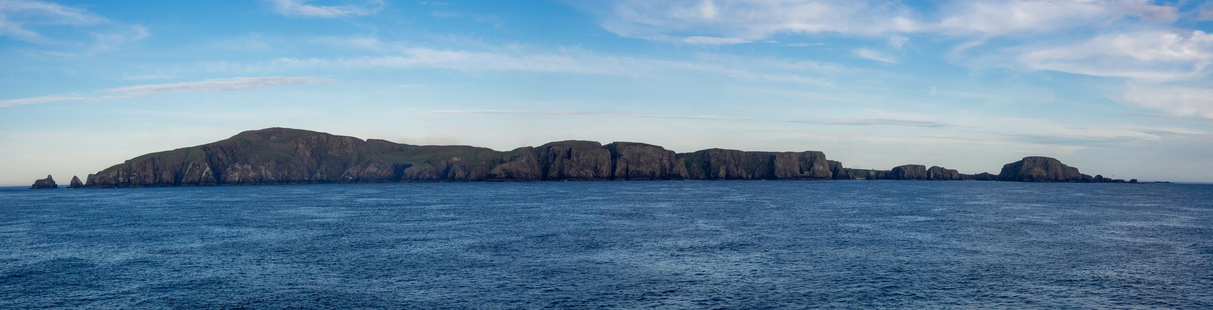FAIR ISLE, the western coast
