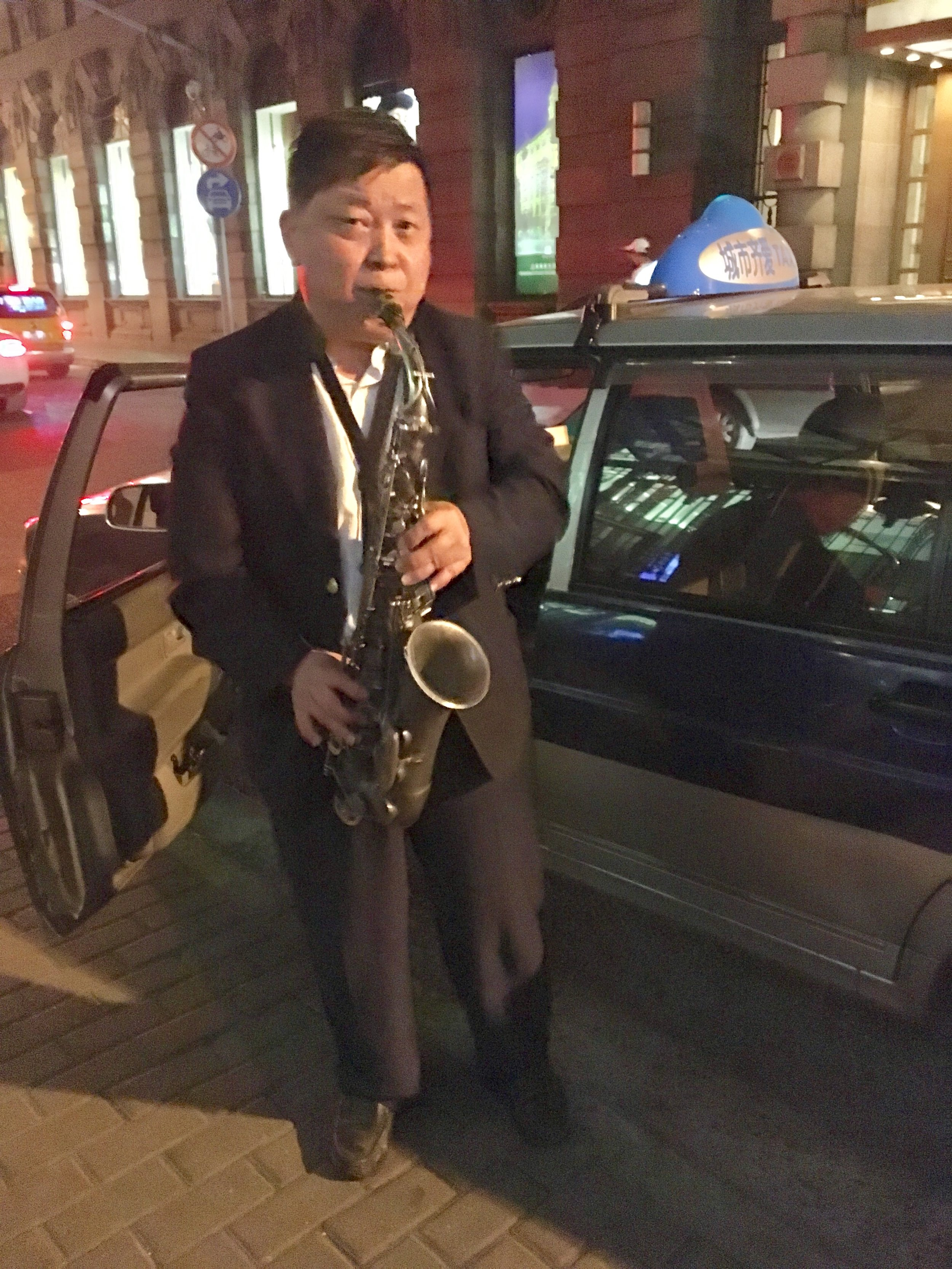 A Shanghai Surprise: Serenaded by a Taxi Driver