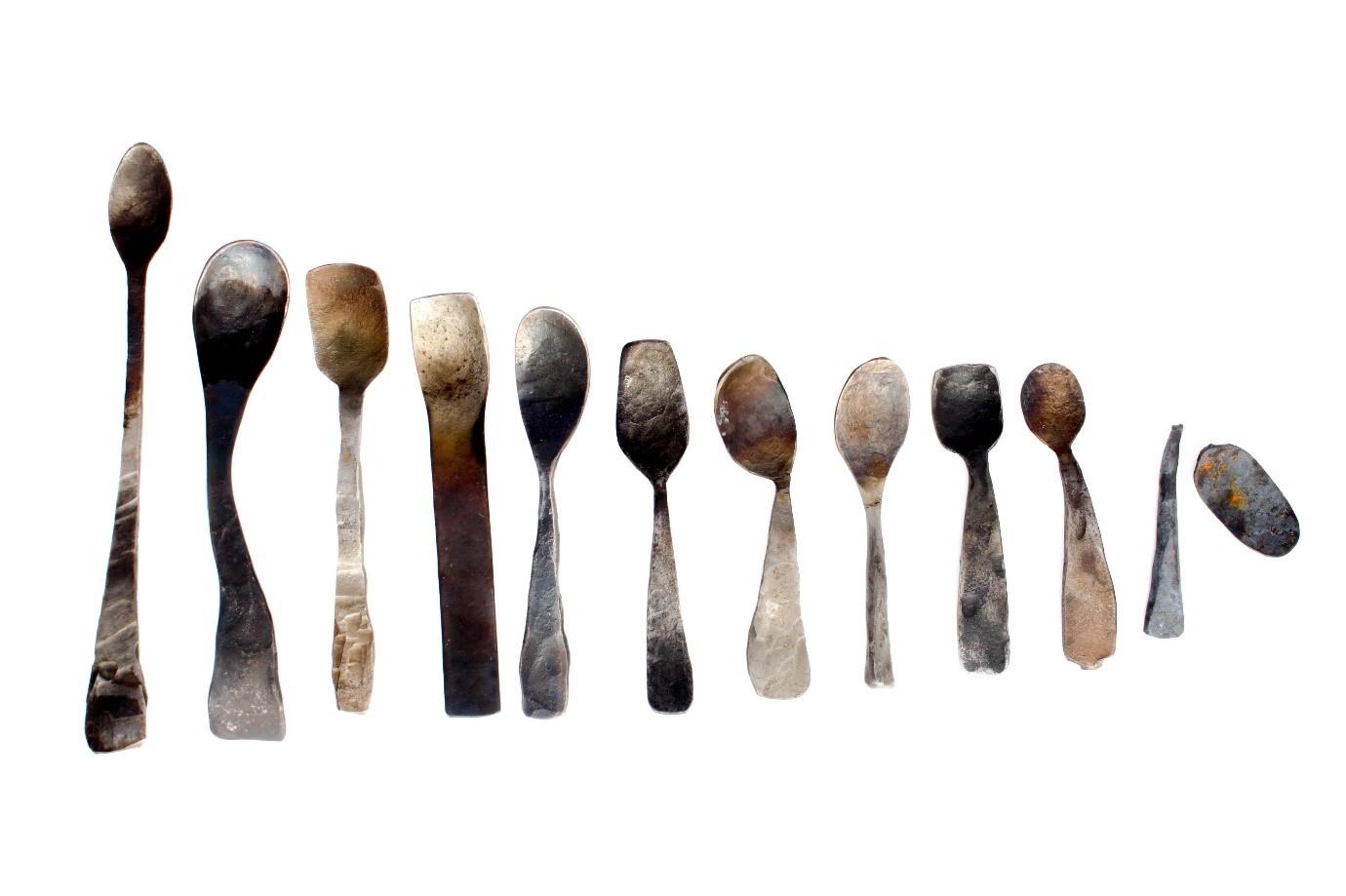 Spooning01.jpg