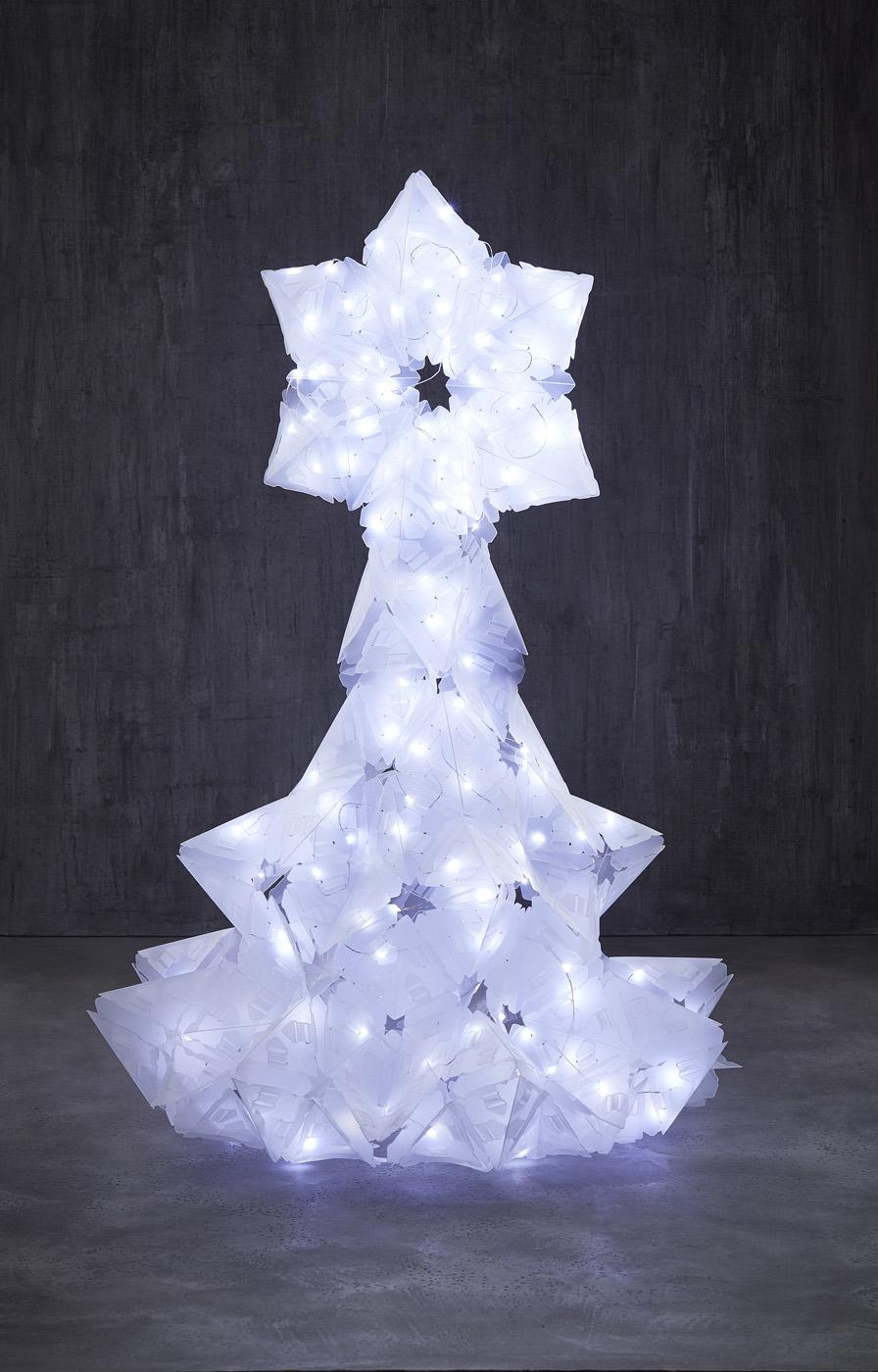 CREATTO_LIGHTS_CHRISTMAS_TREE_BIG.jpg