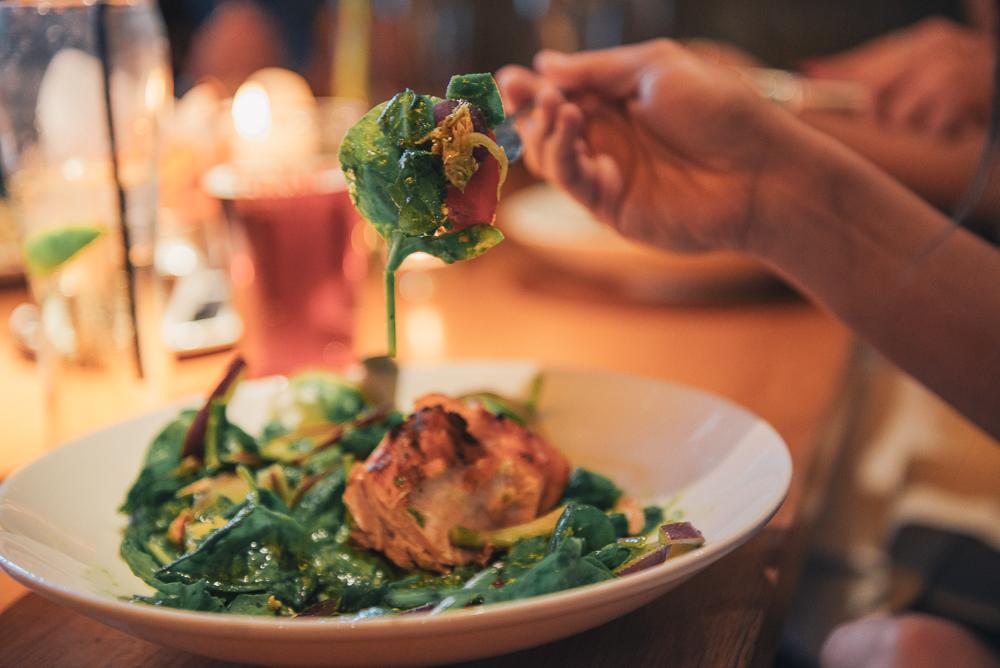 CUSTOMERS_EATING_HANDS_FOOD 6.jpg