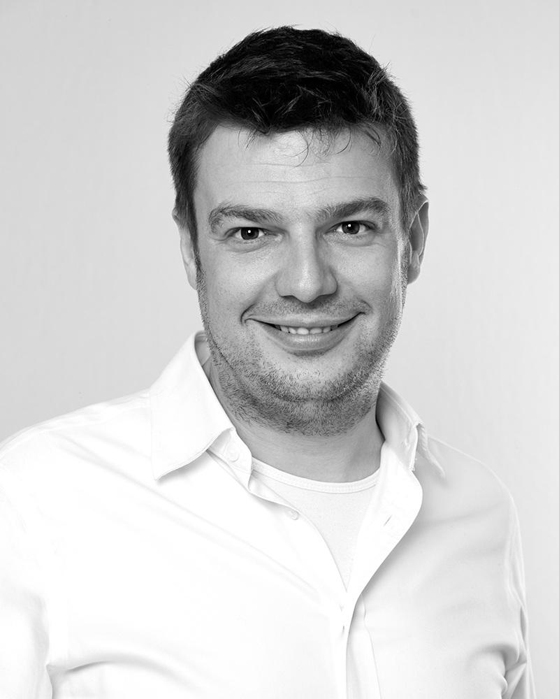 Tobias A. Strohmenger - Geschäftsführer geprüfter Betriebswirt (HwO) & Zahntechniker