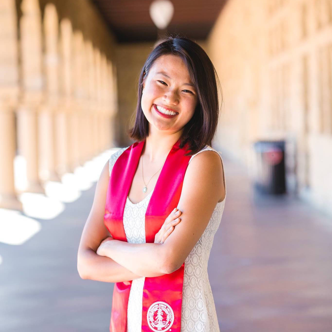 Alina Luk - BS, Science, Technology & Society, Stanford University, 2016 Incoming Associate Product Manager, Facebook Harvard Business School 2+2 Program
