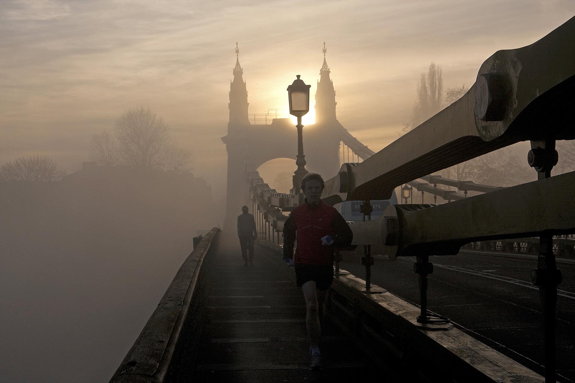 Hammersmith Bridge in the Fog 2 WR.jpg