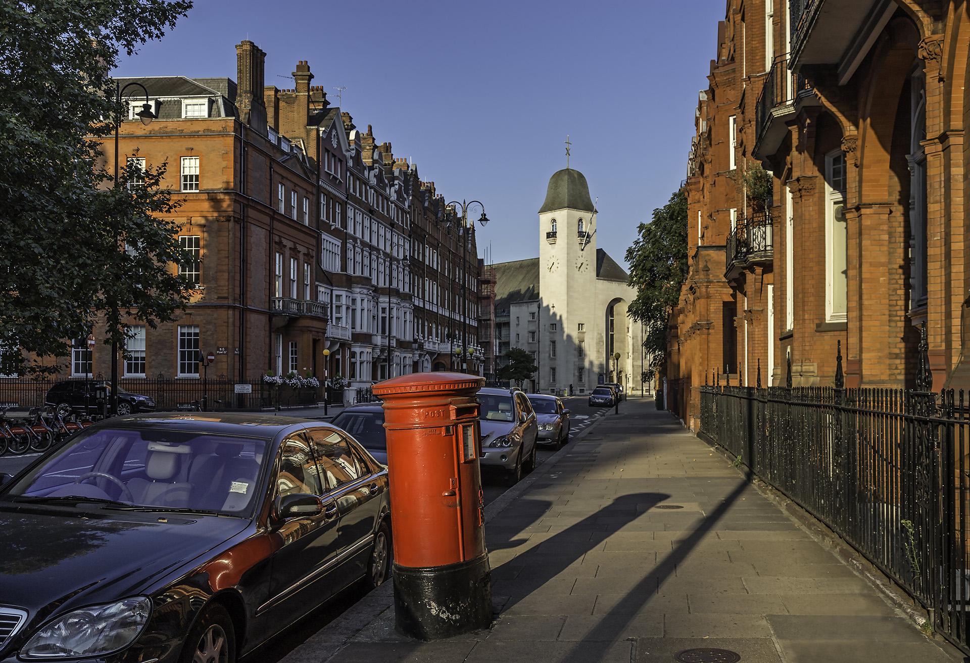 Pont Street Sep 5 WR.jpg