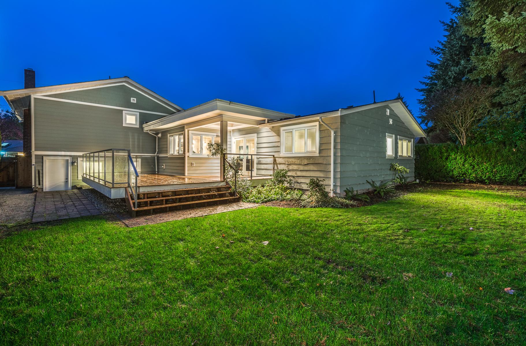 3545-Wellington-Crescent-North-Vancouver-360hometours-35s.jpg