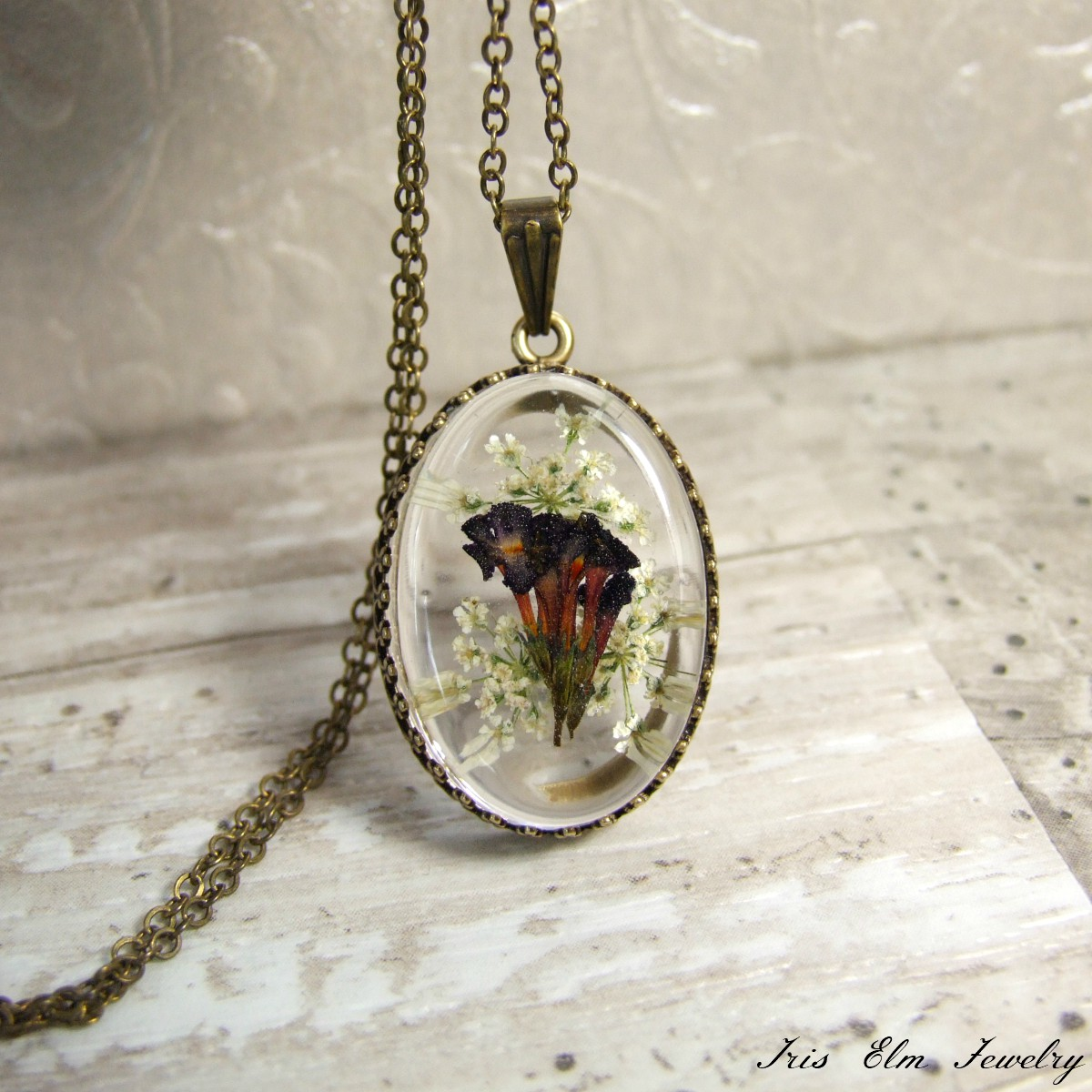 Pretty White & Purple Wildflower Necklace