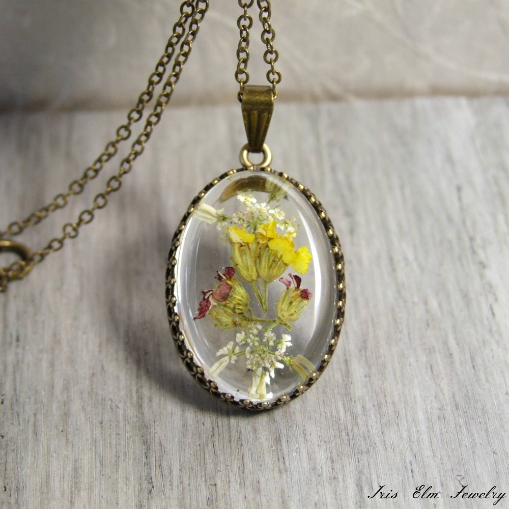 Pressed wildflower resin necklace