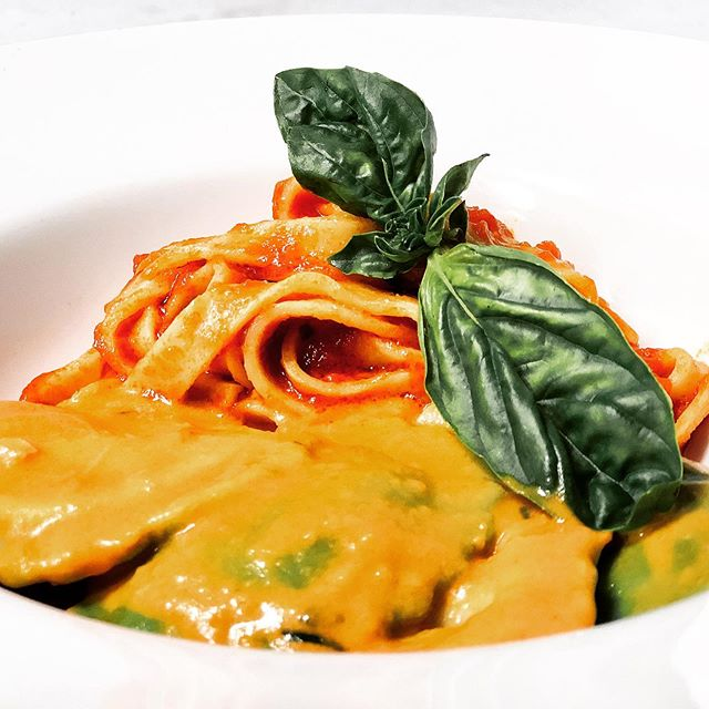 Today's Pasta, Cheese and Spinach medallions,fresh Tagliatelle pomodoro. Photos by @3rick_gs #events #pasta#toronto #torontofood #italianfood