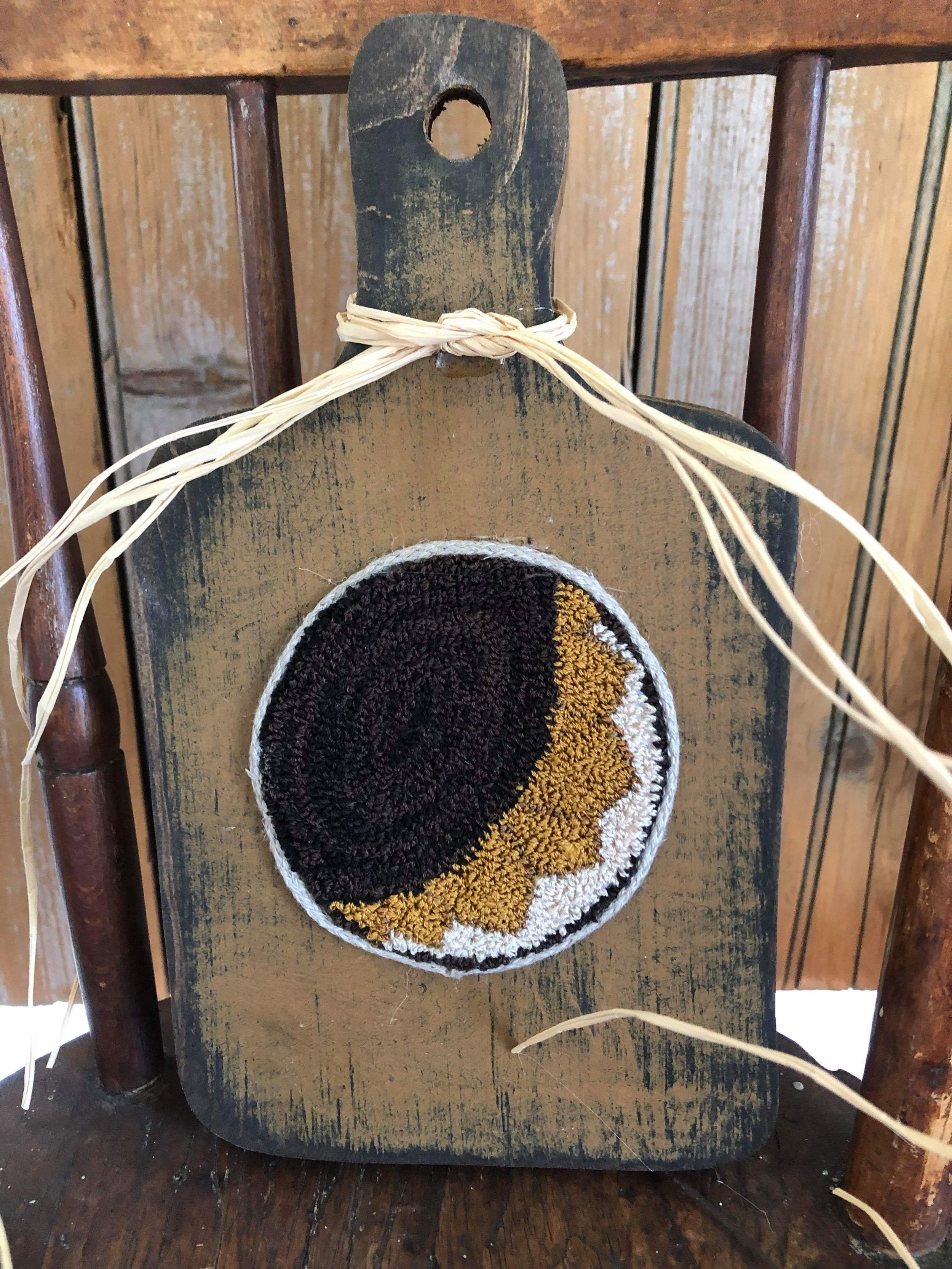Beginner Punch Needle - Instructor: Leslie Attardo Luneau of Heartfully HomespunDate: Saturday, Sept. 7, 9:00-12:00 (Half Day Class)Date: Sunday, Sept. 8, 12:00-3:00 (Half Day Class)Cost: $95Max 6 spotsNo Experience Necessary.
