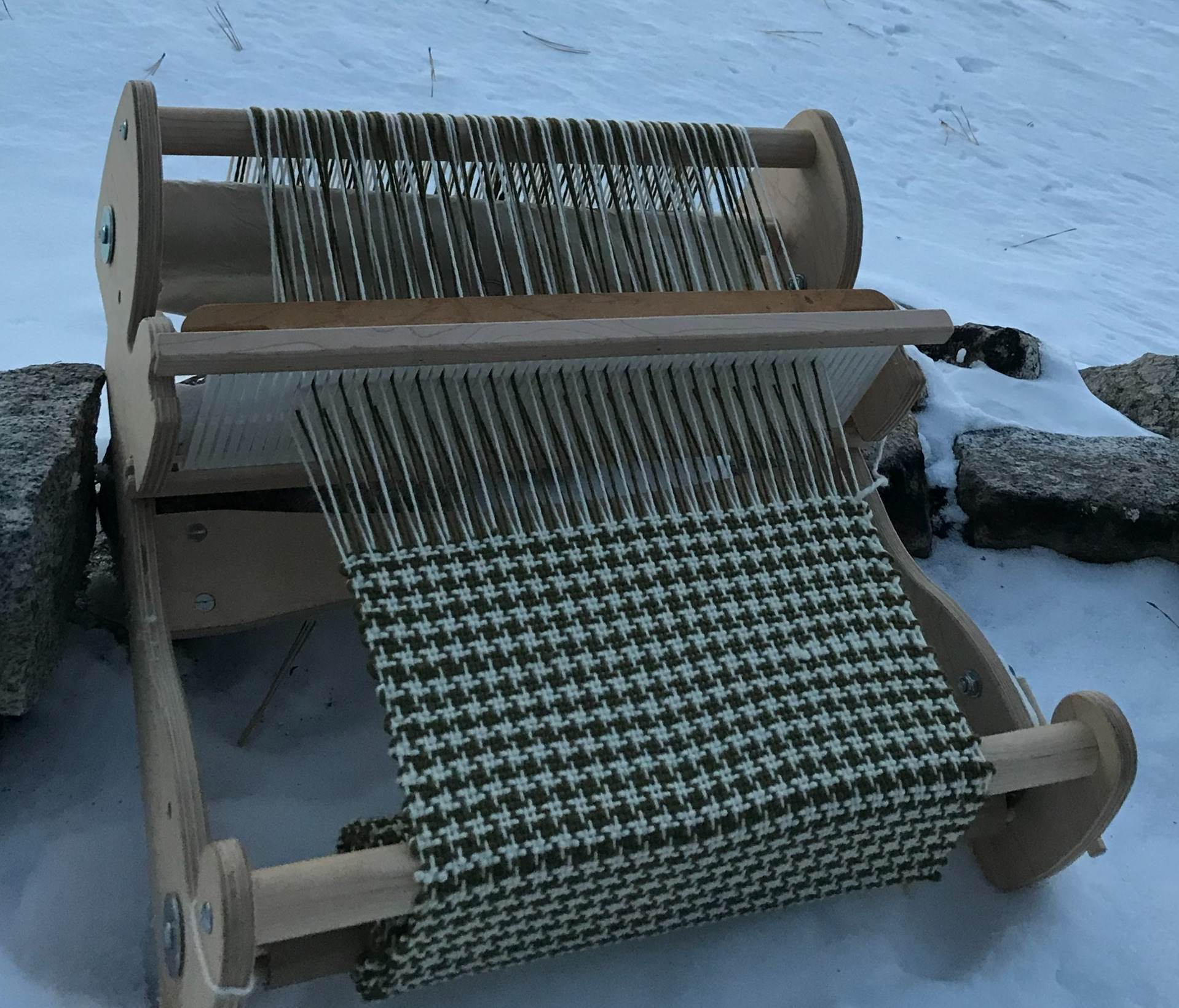 Rigid Heddle Loom Weaving - Instructor: Zwitsa Kachinski of Meraki HandwovenDate: Friday, Sept. 6, 9:00-5:00 (Full Day Class)Cost: $125Maximum 8 spotsNo Experience Needed.