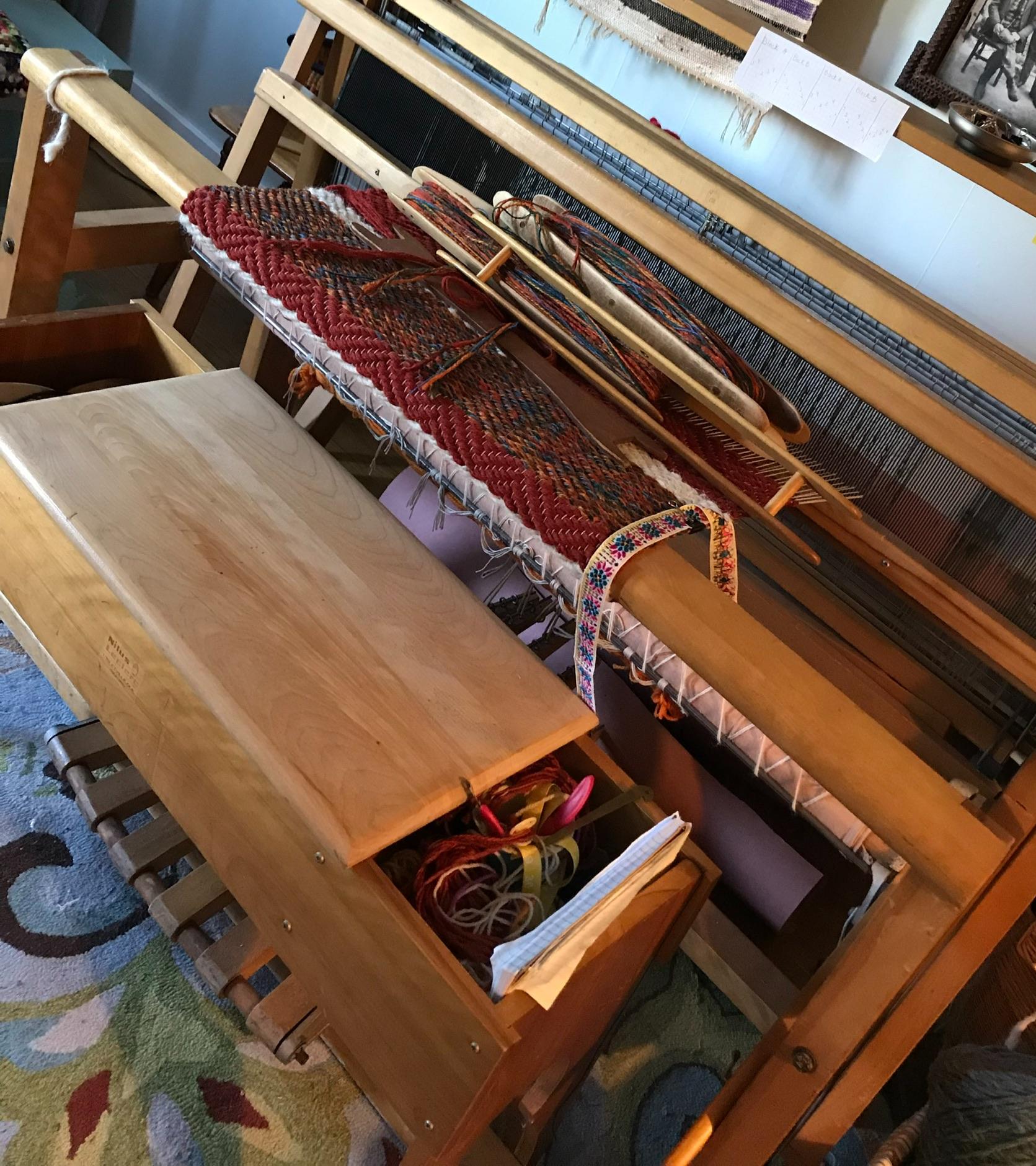 Weaving on a Floor Loom - Instructor: Zwitsa Kachinski of Meraki HandwovenDate: Friday, Sept. 6, (9:00-5:00) (Full Day Class)Cost: $140Maximum 4 spotsNo Experience Needed.