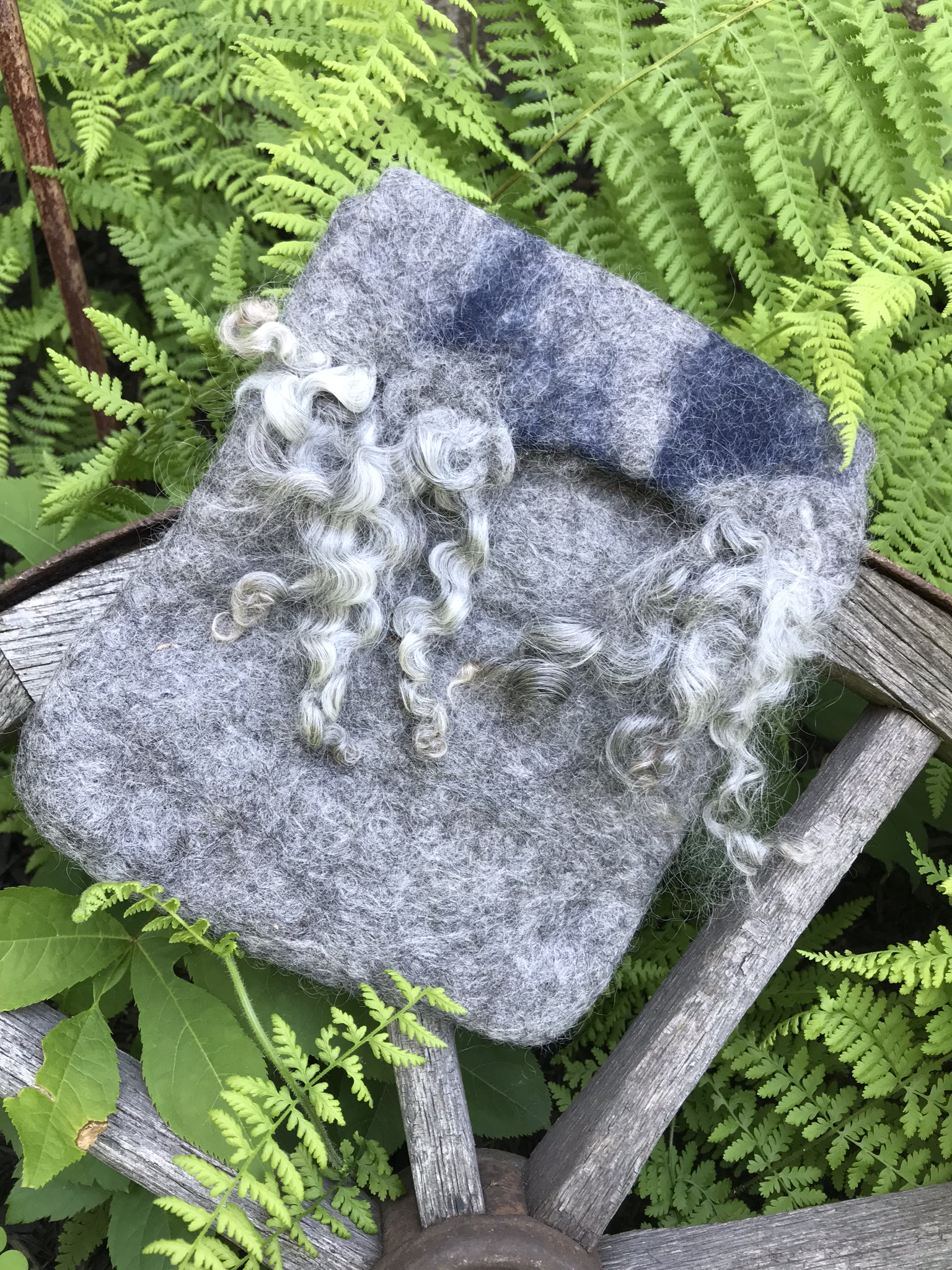 Felted Pouch - Instructors: Donna and Leah PalmerDate: Saturday, Sept., 7, 1:00-4:00 (Half Day)Cost: $50Maximum spots: 6No experience necessary.