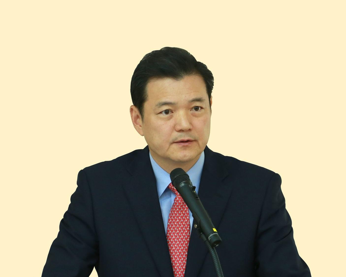Jung-Hoon Lee