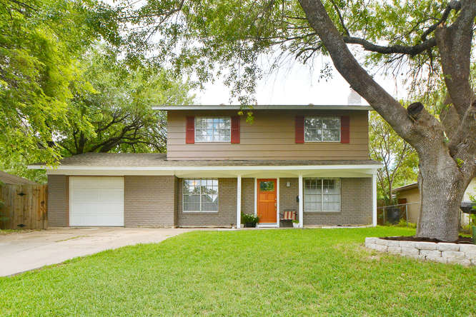 Front of 5413 Coventry Ln, Austin, TX 78723