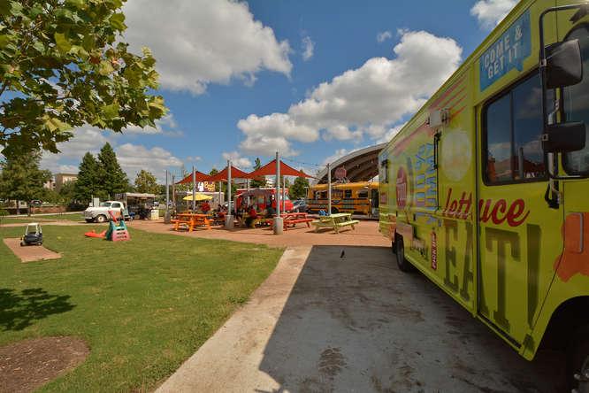 Mueller Food Truck Park