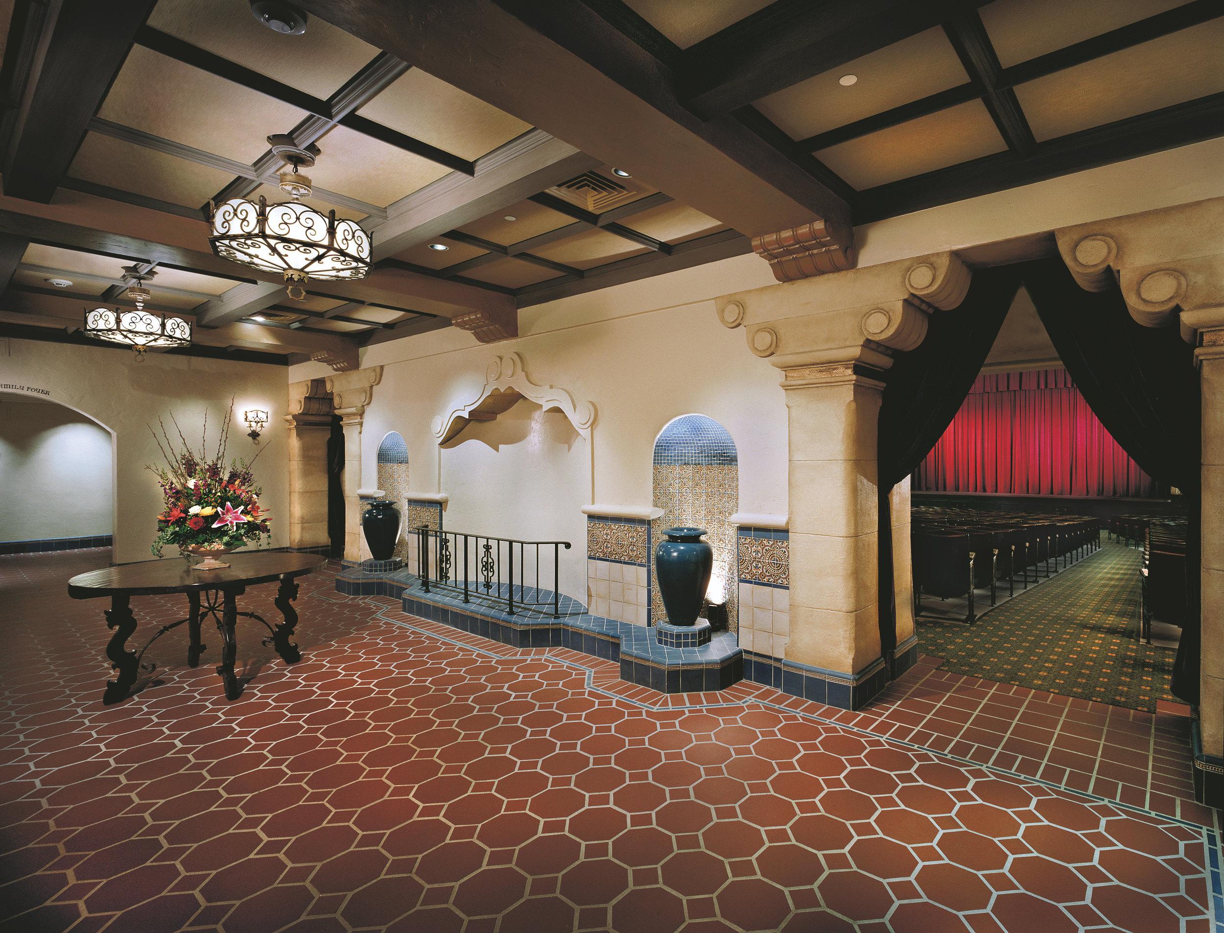 Luke Theatre lobby 01.jpg