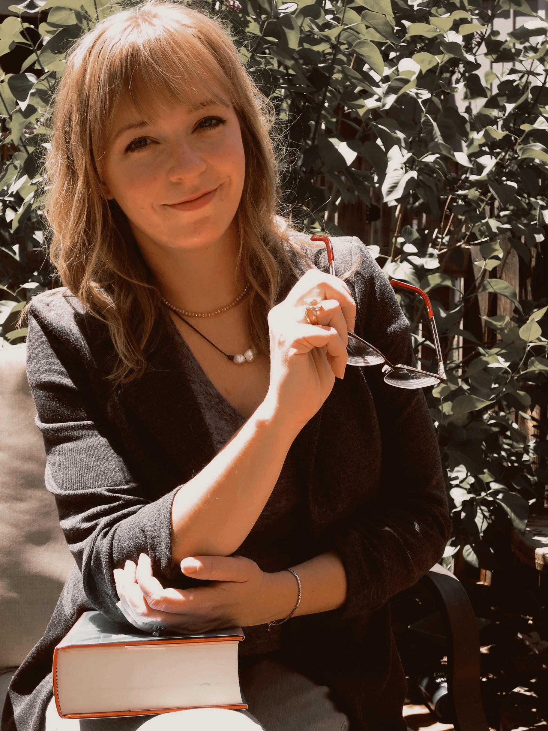 Kerri Olson, Editorial Assistant of DeVore Editorial.