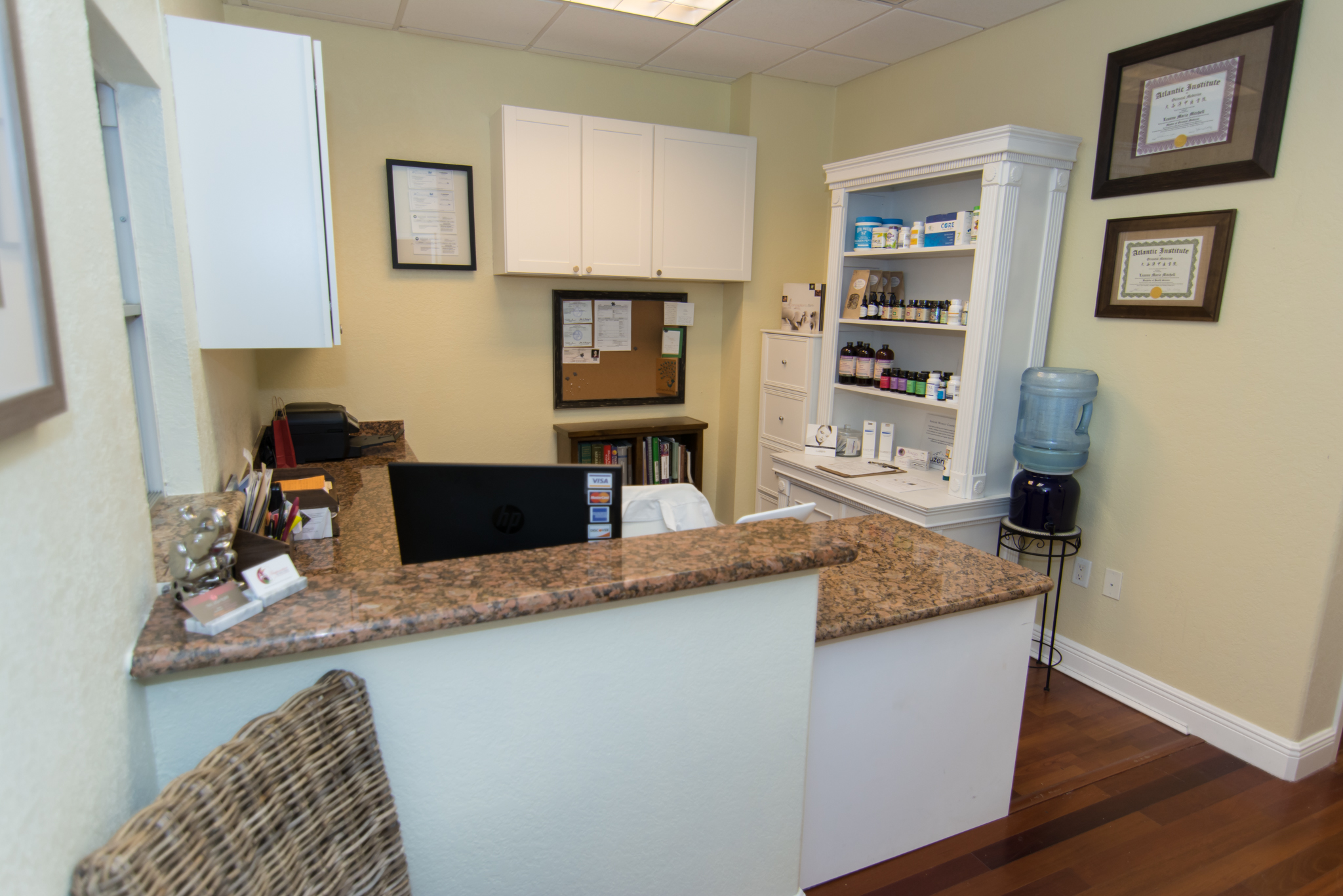 acupuncture & wellness of the palm beaches- front desk