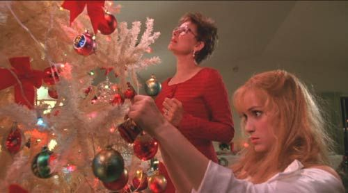 Inspiration for my own Christmas tree - Edward Scissorhands.