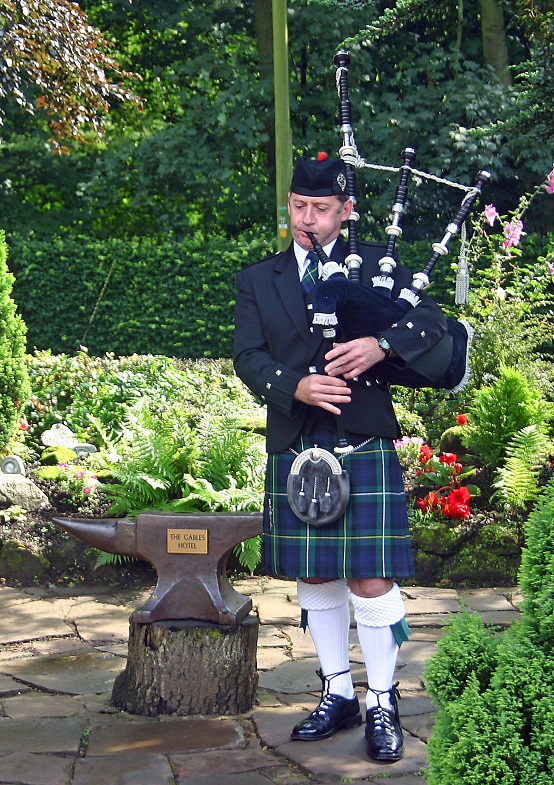 Bagpiper in South Wales - John Campbell Main uc.jpg