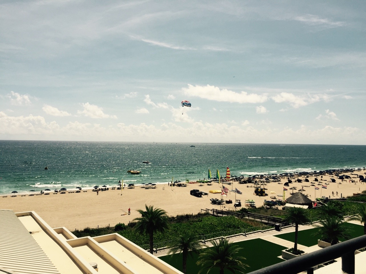 A very humid and hot day in Chicago has me wishing I was back on this beach in Ft. Lauderdale.