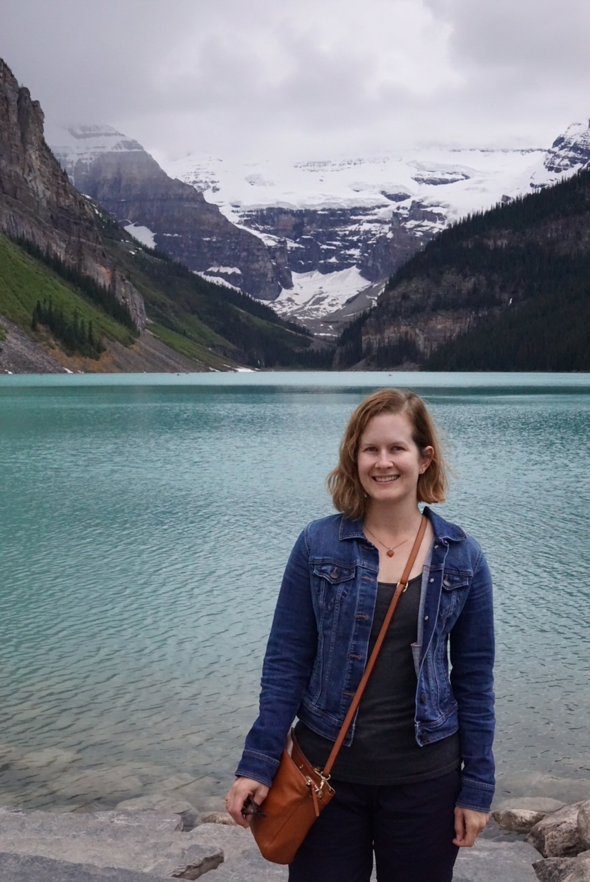 The lake is pretty and I am squinty. I was still wearing my travel outfit and also, I was gettng a little chilly. I brought my North Face jacket but I don't recall wearing it or needing to wear it at all the entire trip. if I'd stayed out here a bit longer the jacket or a scarf with this might have been necessary.