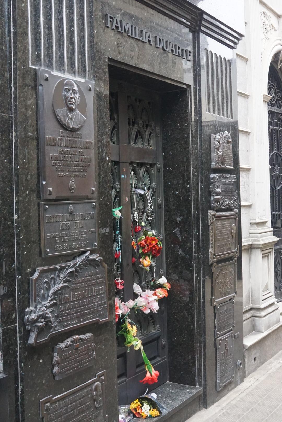 Duarte family grave (Eva Peron)