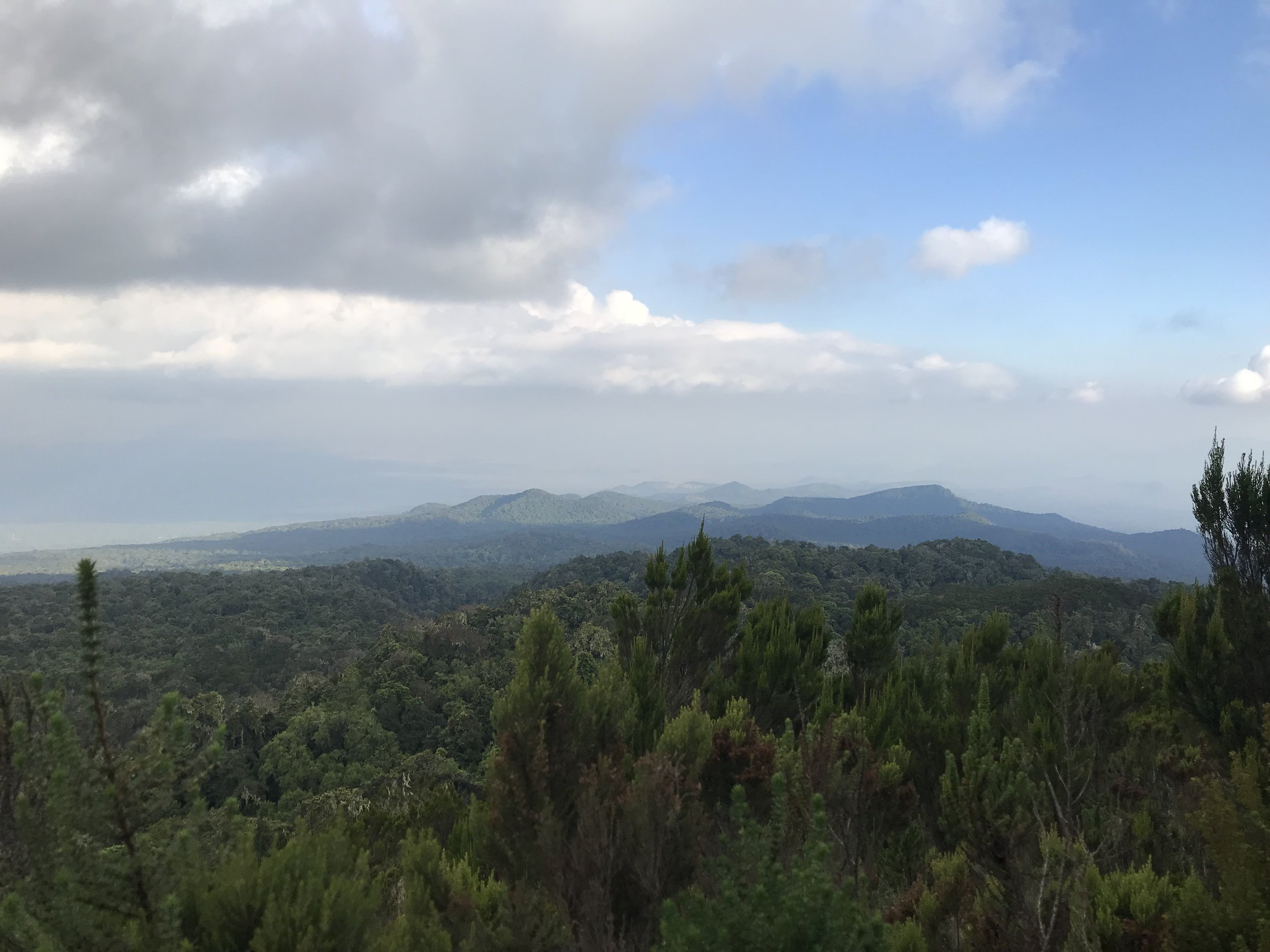 Views on our acclimation hike above Mandara.