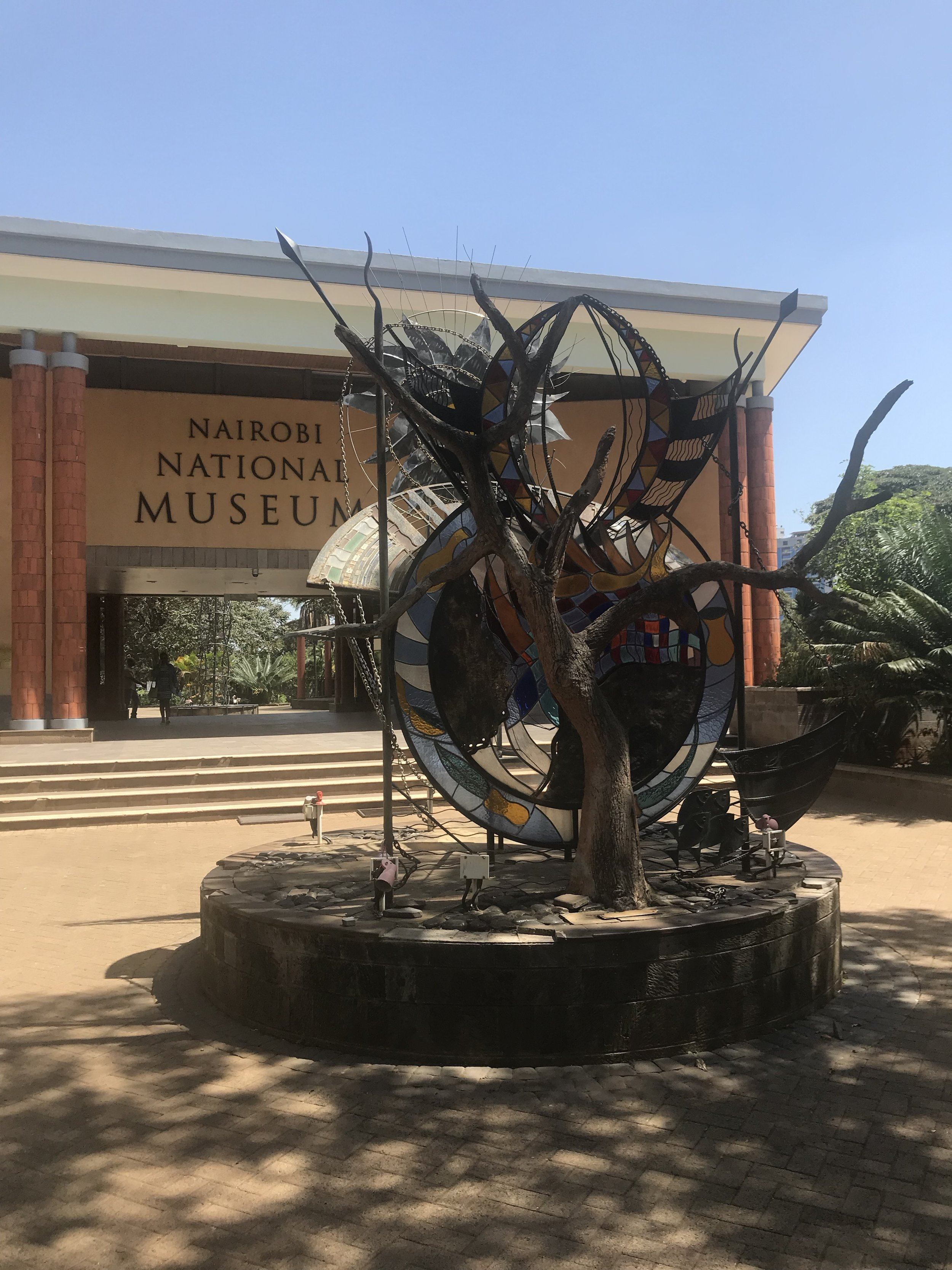 sculpture outside of the Nairobi museum.