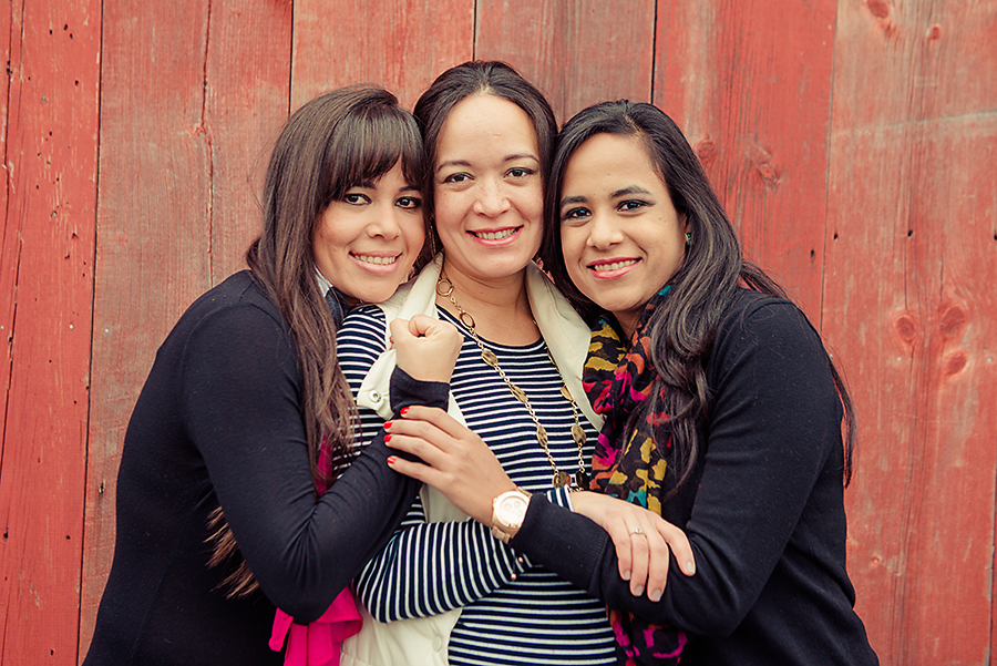 Yolannie, Gissela (9 months pregnant), and Maria
